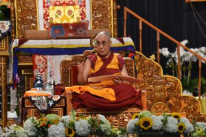 His Holiness the Dalai Lama taught Gomrim Barpa(Middle Stages of Meditation)